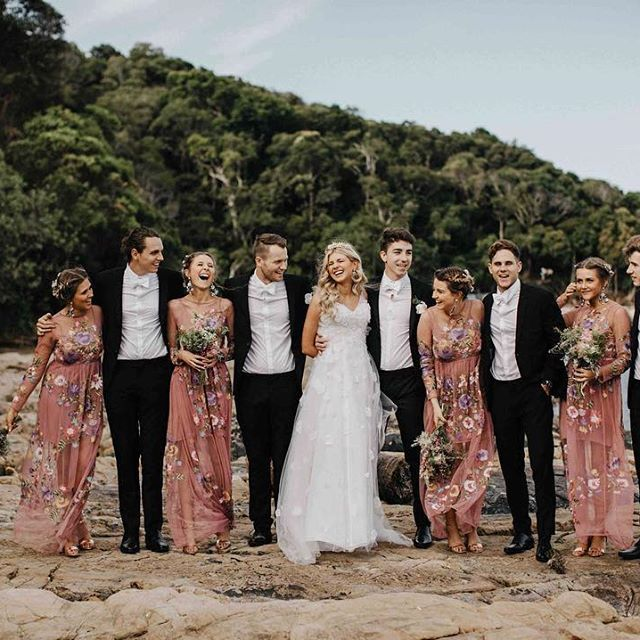 Emily + Dan's Gold Coast wedding took place at the stunning Warehouse No.5, located only moments away from Burleigh Heads Beach. It was a gorgeous celebration of never-failing love and friendship, check out those dresses by @darbbridal and @asos_au! Photos on the blog by @sarakbyrne.  #realwedding #bridalparty #bridesmaids #groomsmen #bride #groom #weddinginspo #marriage #australianwedding #whitemagazine #weddingstyle