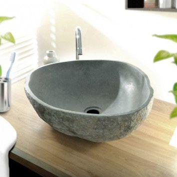 Belle vasque taillée dans un véritable galet de rivière. Retrouvez ce modèle en cliquant sur: http://www.pierreetgalet.com/les-vasques/18-lave-mains-galet.html