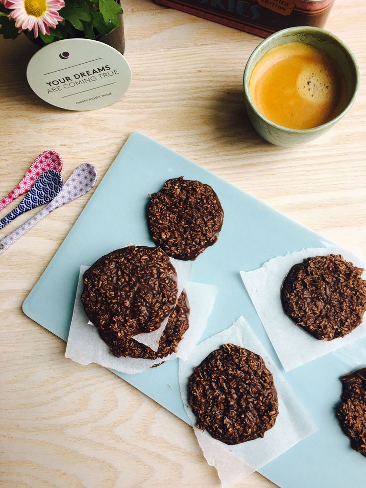 """Cookies - `a la """"den, du ved nok - en cookie variant af den populære chokoladekage """"den, du ved nok"""" - sukkerfri og glutenfri og LCHF"""