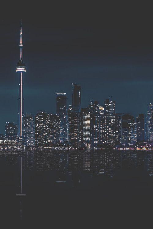 Toronto nights city