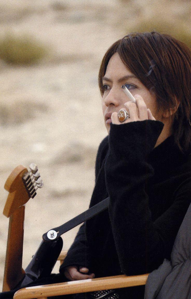 HYDE • 2006 MAR • RR Newsmaker #hyde #hidetotakarai #takarai #hydetakarai #larcenciel #vamps #ラルクアンシエル #彩虹樂團 #寶井秀人