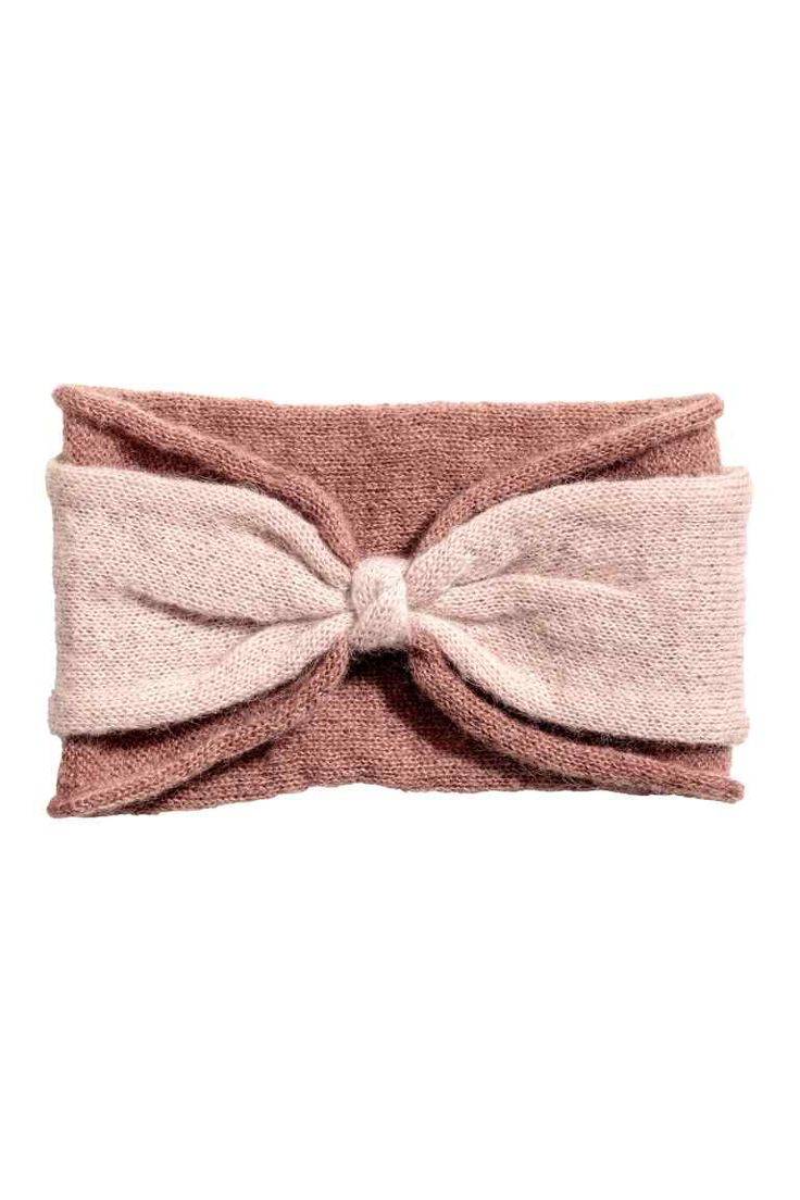 Knitted mohair-blend headband: Double-layered headband knitted in a mohair blend with a gathered detail at the front and roll edges. Width approx. 12 cm.
