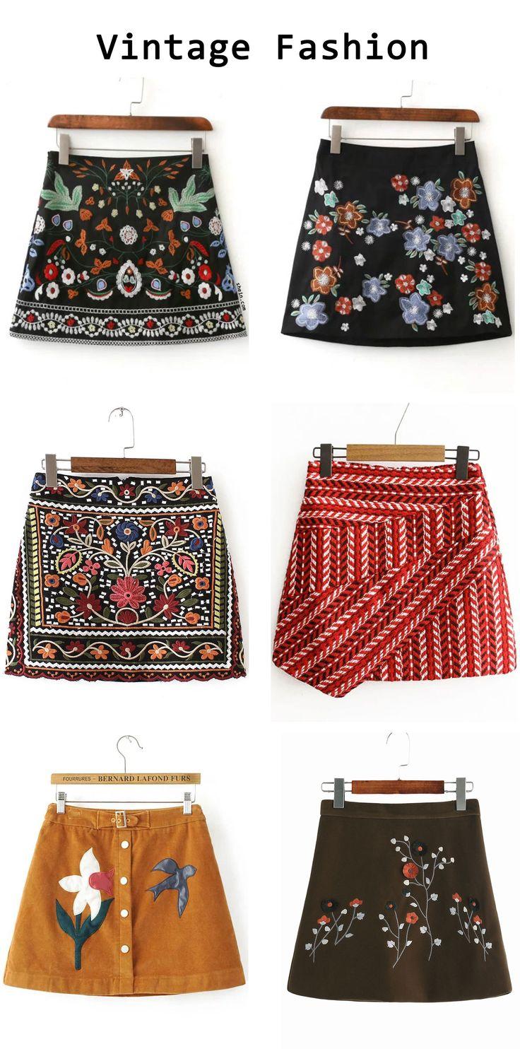 Vintage skirt Embroidered skirts!