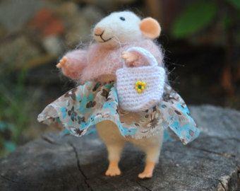Felt mouse.White felt mouse. by mousestories on Etsy