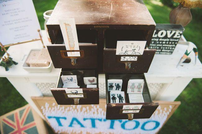 Bar a tatouage 1