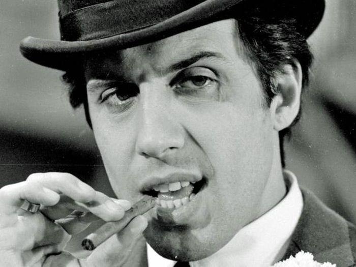 I dinosauri della musica italiana: 10 cantanti con più di 50 anni di carriera: Adriano Celentano
