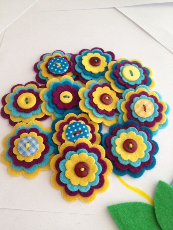 SUMMER GARDEN x3 Handmade Layered Felt Flower Button Embellishments, Felt Applique,Blues and White