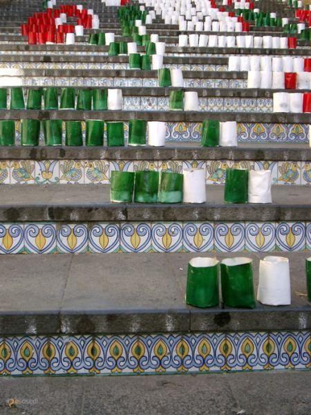 Лестница Санта Мария дель Монте – #Италия #Сицилия #Кальтаджироне (#IT_82) Санта-Мария дель Монте - монументальная лестница в итальянском городе Калтаджироне, дважды в год украшаемая узорами из сотен свечей.  ↳ http://ru.esosedi.org/IT/82/1000149196/lestnitsa_santa_mariya_del_monte/