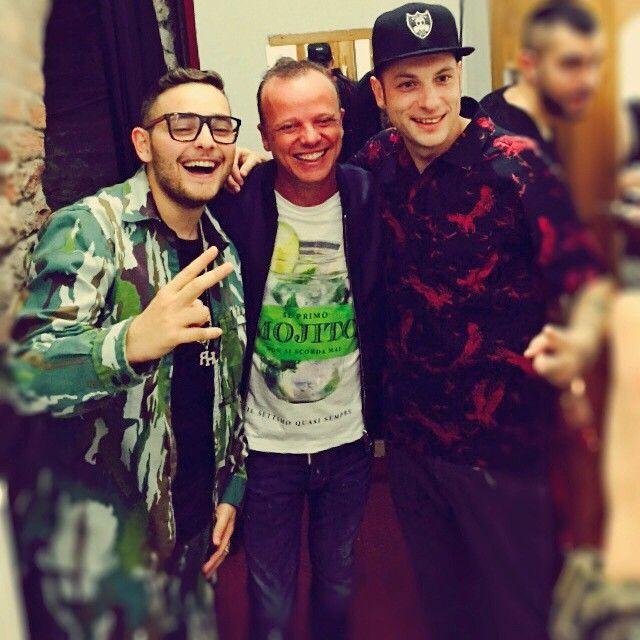 #GigiDAlessio Gigi D'Alessio: Dal backstage del #WindMusicAwards #WMA15 con i miei amici Rocco Hunt e Clementino!!!!!!!!!! Un bacio a tutti!!!