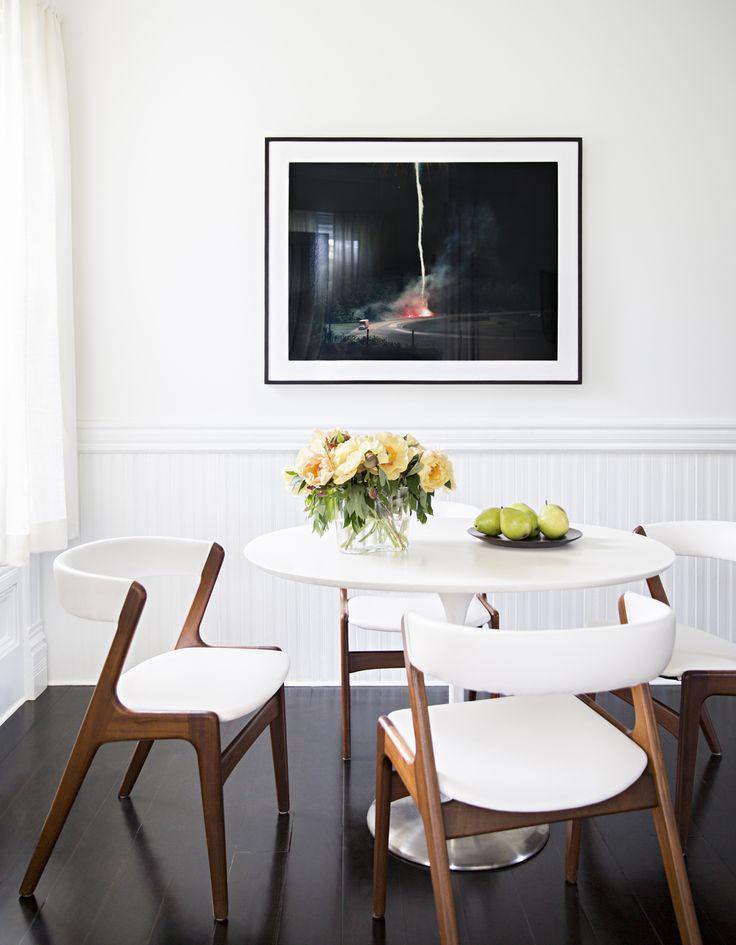 Tulip table Photo: Brittany Ambridge Photography