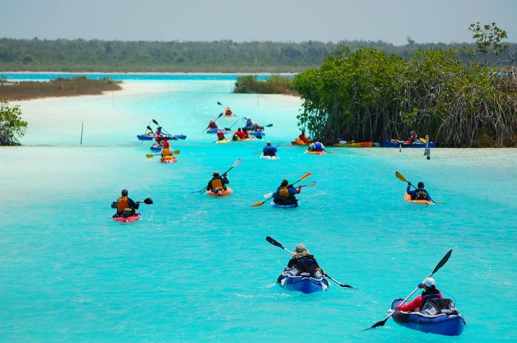 Laguna de Bacalar Quintana Roo - Disfrútala en Grupo viajando por Transpais Turismo #RentaUnAutobus y #ViveViajando