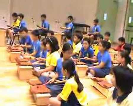 "Orff instruments - easy ""catch a falling star"" I enjoy watching this.  They have very poor mallet technique but it looks fun!"