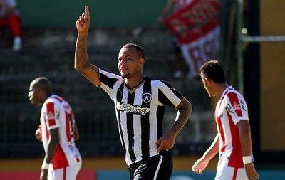 """BotafogoDePrimeira: Bill usa jogo-treino para atingir meta de gols: """"A..."""