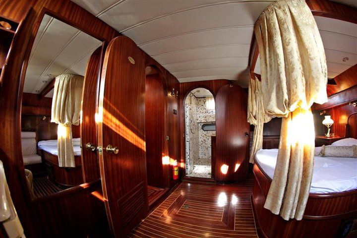 Rex Siciliae - one of the suites on board