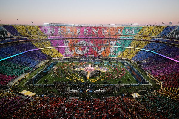 Beyonce Knowles Photos Photos - Coldplay, Beyonce and Bruno Mars performs during the Pepsi Super Bowl 50 Halftime Show at Levi's Stadium on February 7, 2016 in Santa Clara, California. - Pepsi Super Bowl 50 Halftime Show