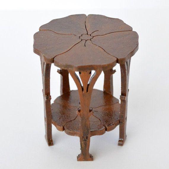 Poppy Table dollhouse miniature 1:12 by ArjenSpinhovenMiniat