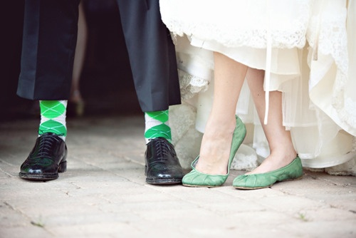 grooms sock color matches brides shoes how cute!
