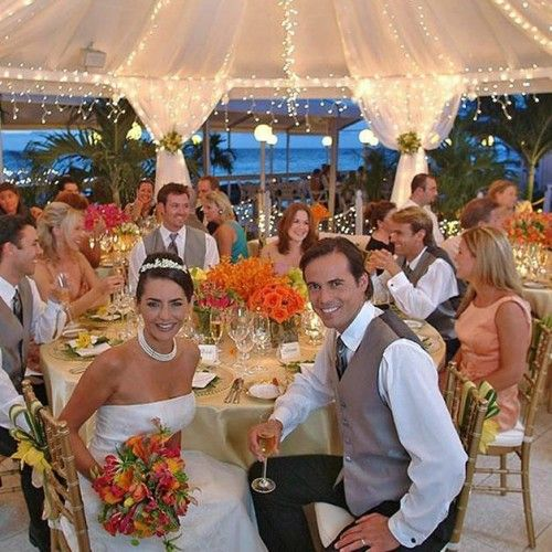 How to Organize your Destination Wedding in the Cayman Islands #caymanwedding #destinationweddingcayman #carribeanwedding #carribeanbeachwedding