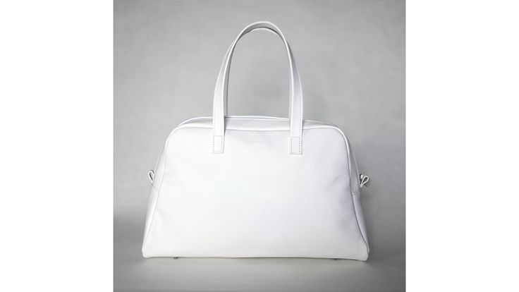 Elita white Bowling Bag. Handmade in Italy.