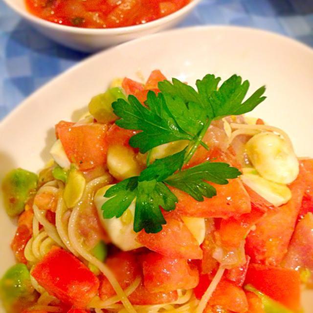 イタリアンパセリを初めて買った!パセリはパセリだ!!(笑) - 17件のもぐもぐ - 今夜はトマトとニンニク祭りトマトモッツァレラの冷製パスタ&カラフル豆のトマトスープ✨ by satomi330