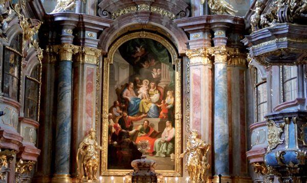 Kiemelkedő operaénekesek a koncertházban, a musicalvilág sztárjai a bécsi Stadthalléban, koncertek, kórus- és trombitadallamok a legszebb templomokban: így hangzik az adventi időszak Bécsben.Most szólok, mert később se jegy nem lesz, se szállást nem találsz az osztrák…