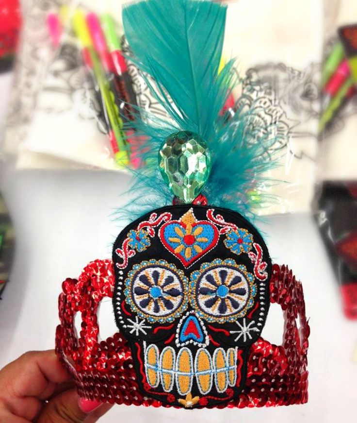 Dia de Los Muertos Tiara by CraftyChica.com. (Photo by Lisa Rocha.)