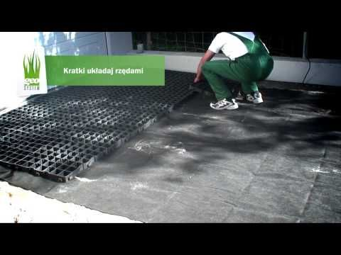 zobacz film z montażu eko kratki trawnikowej geoSYSTEM. sprawdź jak wykonać wodoprzepuszczalny dojazd do garażu.