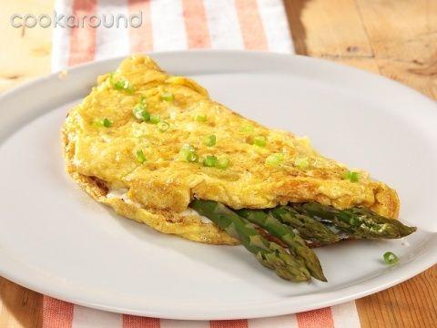 Omelette ai formaggi e asparagi: Ricette di Cookaround | Cookaround