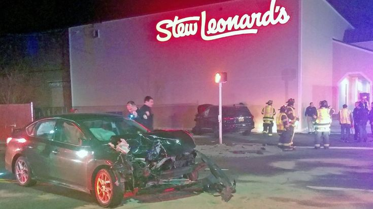 Cops: East Meadow crash hurts 2, causes SUV to hit Stew Leonard's