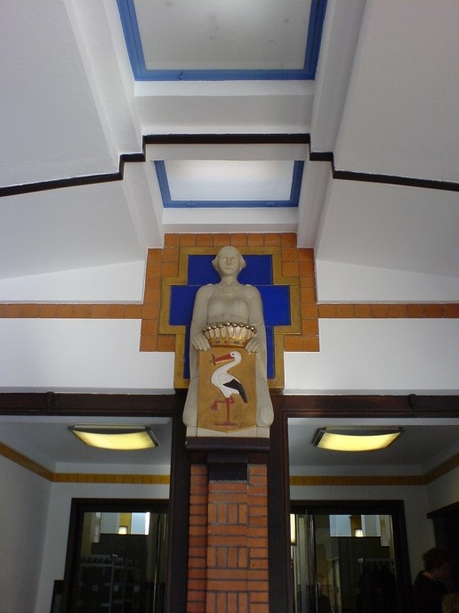 by H.P. Berlage   Gemeentemuseum, entrance hall, The Hague, Netherlands