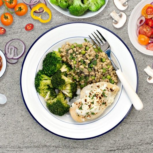+68g protein, 7.7g fat, 46.8g carbs and made fresh to order-  Freshly Prepped™ Chicken & Mushroom Risotto with Broccoli, watching your macros couldn't be easier!
