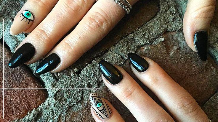 http://www.vivala.com/nails/evil-eye-mal-de-ojo/4724