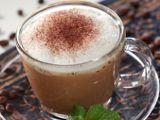 Fresh Mint Coffee     Sensasi rasa unik dari Fresh Mint Coffee, aroma menthol yang segar membuat rasa kopi jadi makin menyegarkan.     resep : http://www.resepkita.com/detailResep.asp?recId=390
