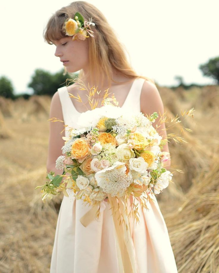 Gorgeous harvest inspired bridal shoot - lovely old style corn stooks - a local thatchers crop drying in the sun - made me all nostalgic for childhood walks through golden summer fields! Silk ribbons by @katecullenstyle. Beautiful model @kateabery. More pictures on blog on website.  _ _ _ _ _ _ #gatherandcurate #gatheringbeauty #underthefloralspell @flowerona #slowfloralstyle #inspiredbypetals #petalsandprops #stylingtheseasons #embracingtheseasons #cherishandrelish_july #ccseasonal…