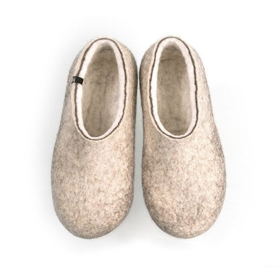 Organic indoor shoes, Felted Wool Slippers for men, Clog slippers, Eco friendly house slippers, Grey slippers, Handmade felt, cool slippers