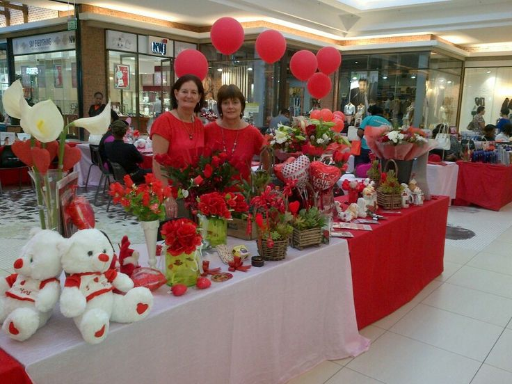 Marita Hattingh & Dawine Loots Vorster. ... We have beautifull fresh flowers and Valentine's Day goodies available to your hearts delight. You can visit us at the Middelburg Mall Valentine's Day Market in the Woolworths court or simply visit us at Azalea Florist next to Pick n Pay. Only 1 more day left to enter the Azalea Florist - Valentine's Day Competition 2016. Good luck to all entries. Happy Valentine's Day to everyone from all of us at Azalea Florist.