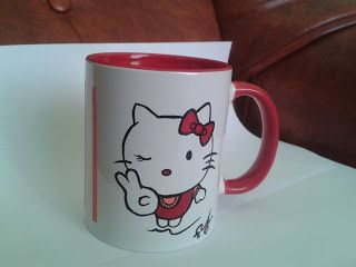 Cana Hello Kitty -----  cana pictata manual / handmade painted mug ****** pret: 30 lei / price: 6 euro