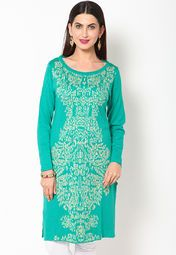 Box the sartorial elegance and push it down the road wearing this green coloured kurta by W. Look classy and stylish in this piece and revel in the comfort of the soft acrylic fabric. Team it with contrasting churidar and Kolhapuris to complete your look for the day.
