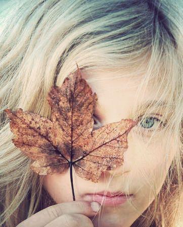 Fall photo idea, so cute!
