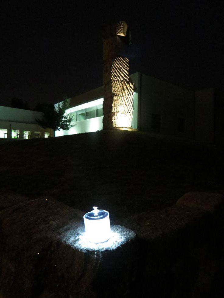 Luci, na Biblioteca Municipal - Santa Maria da Feira | http://www.yonos.pt/pt/produtos/iluminacao