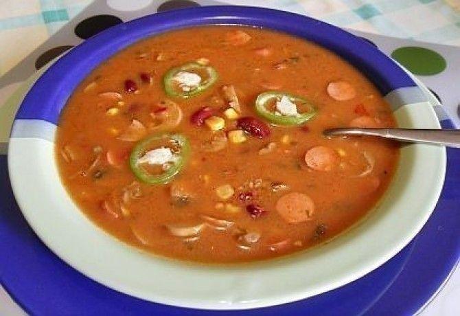 Mexikói leves gombával, virslivel