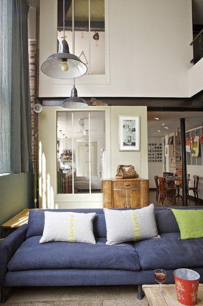 les 25 meilleures id es de la cat gorie petite caravane sur pinterest petites caravane. Black Bedroom Furniture Sets. Home Design Ideas
