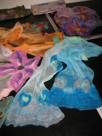 di sciarpa in sciarpa: feltro e nunofeltro | Corsi feltro roma: il blog!
