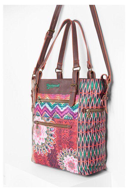 Desigual Shopper mit Ethno-Taschen. Entdecke die Neuheiten der Accessoires-Kollektion!