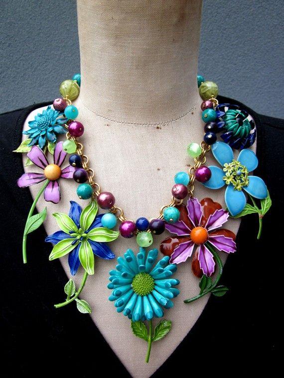 Mad Men - Enamel Flowers. Vintage necklace, vintage jewelry, statement necklace, bib nceklace