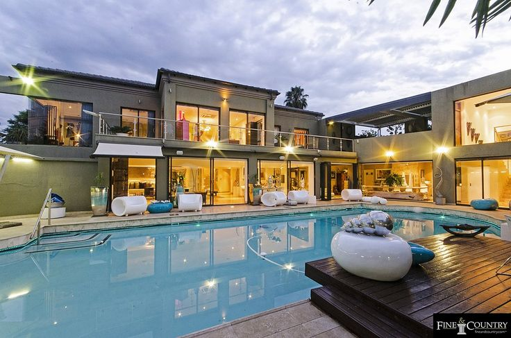 7 bedroom House for sale in Sandton
