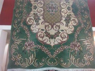 ΧΑΛΙ μάλλινο με διαστάσεις 2.00 x 3.00 σε αποχρώσεις πράσινο - λαδί, τιμή 100€ , 2107522647