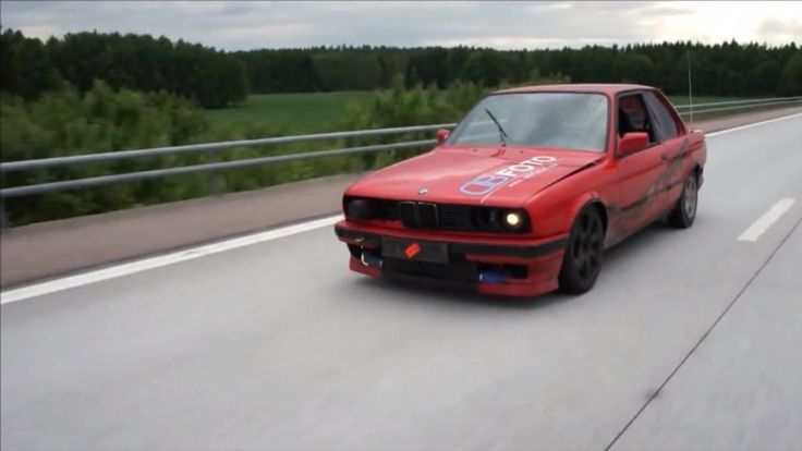 (VIDEO) BMW 318is E30 with 560HP!!! Drifting On a High Speed. Check out for more at: http://dailybulletsblog.com