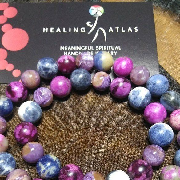 Finishing up two orders of the #Autism #Bracelet. Love the contrast of the #purples and #blue #gemstones. #charoite #sugilite #sodalite #autismbracelet #healing #healingatlas #healingbracelets #healingmala #purpleandblue #yogawear #chakrabracelets #love