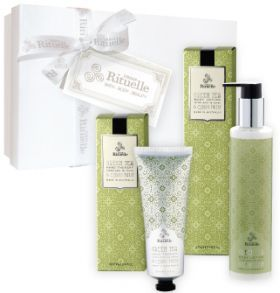 Looking for a Christmas gift set that is under $50? Check this Botanical Hand and Body gift set!